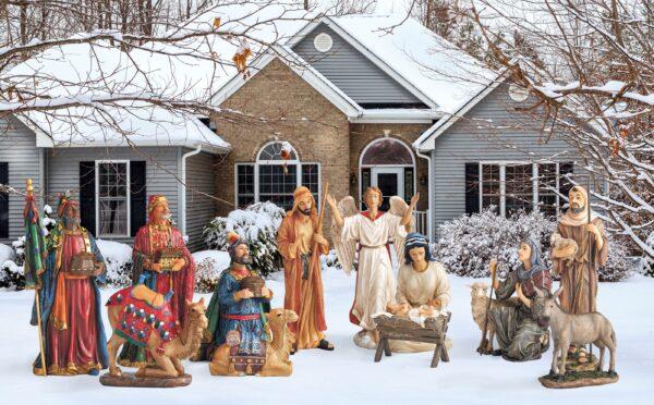 NEW! Real Life Outdoor Nativity